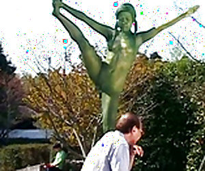 Public Painted Statue Fuck Video 3